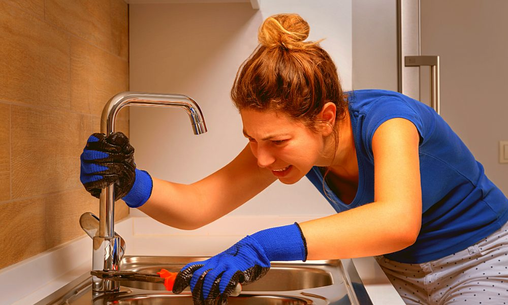 how to install a kitchen faucet without a plumbers